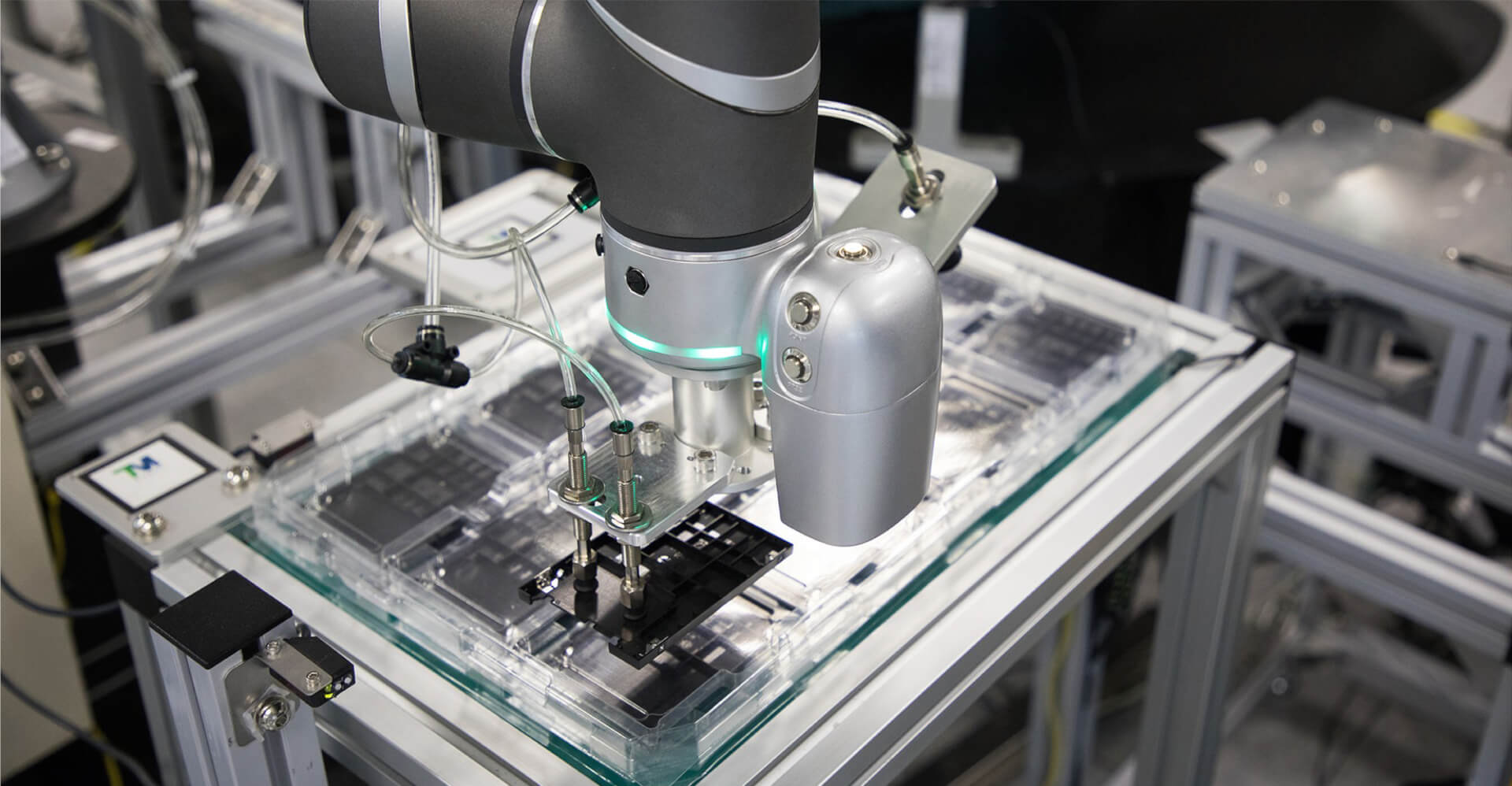 assembly aplications cobots bboard sol